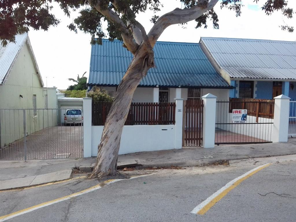2 Bedroom  House for Sale in Port Elizabeth - Eastern Cape