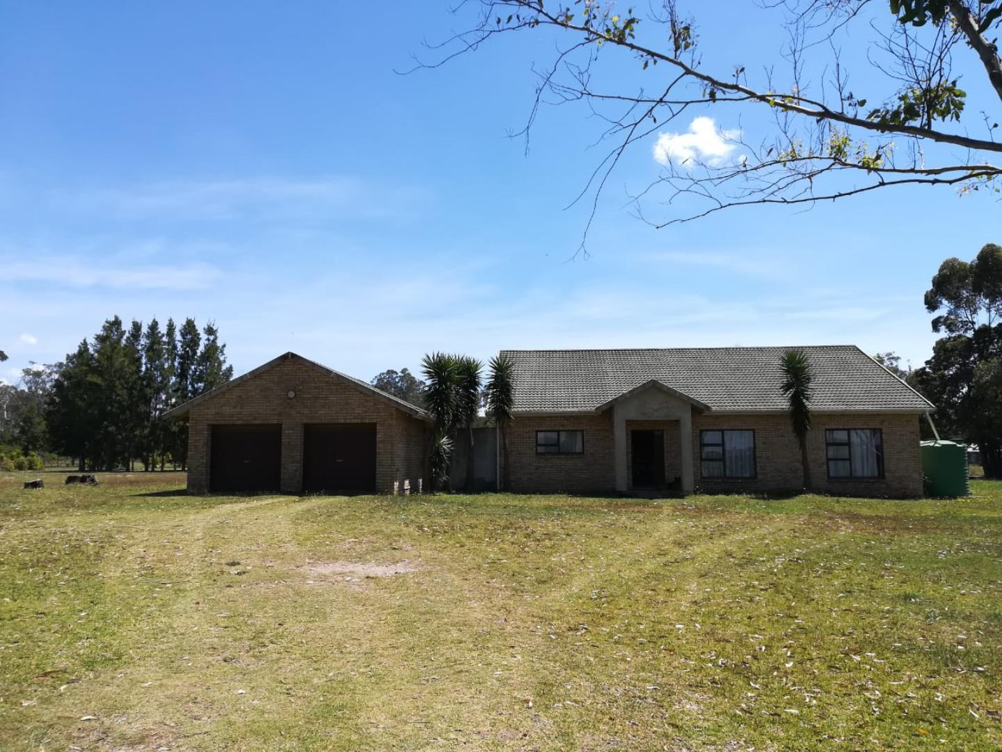 7 Bedroom House for Sale in Crockarts Hope A H, Port Elizabeth - Eastern Cape