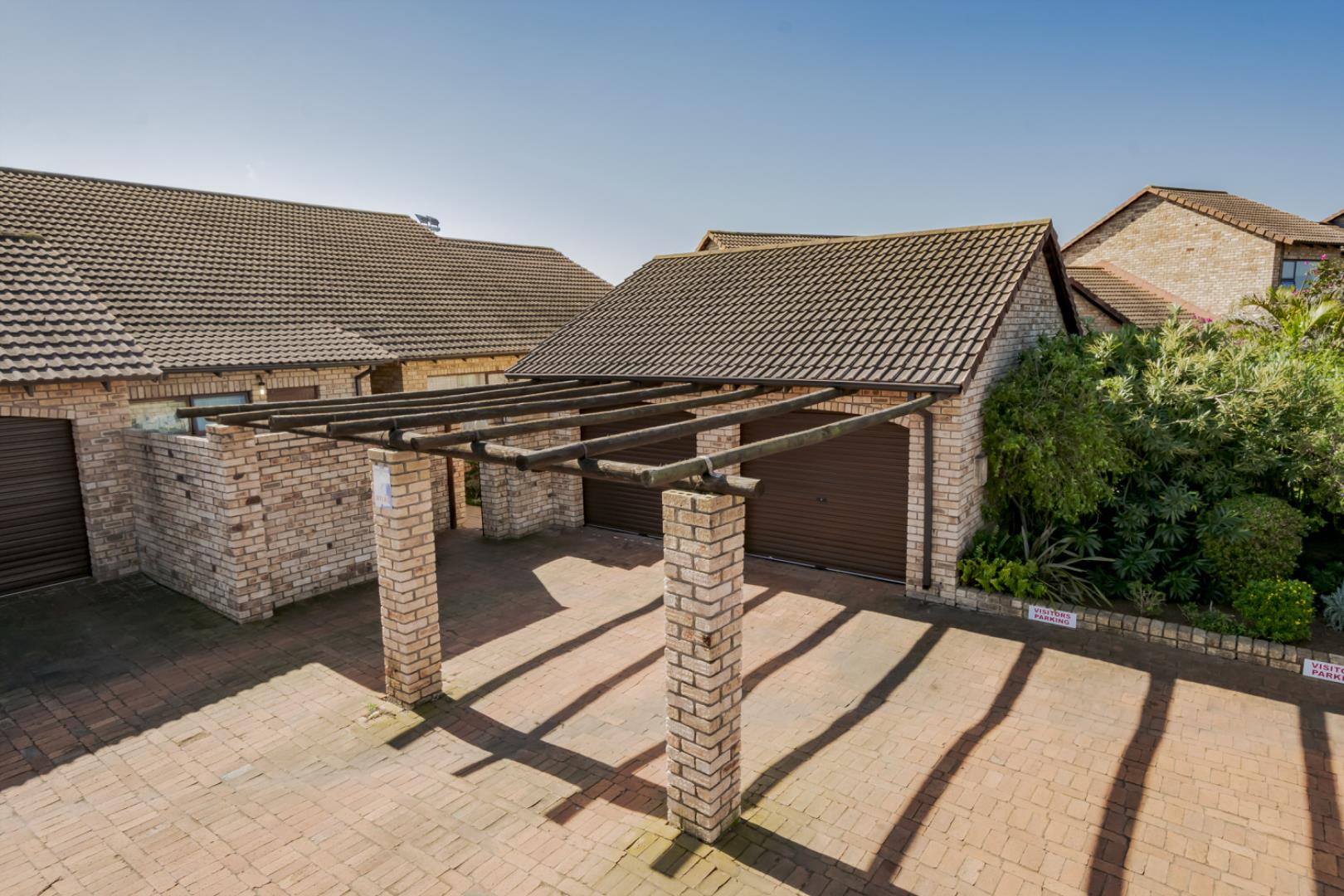3 Bedroom Townhouse for Sale in Greenacres, Port Elizabeth - Eastern Cape