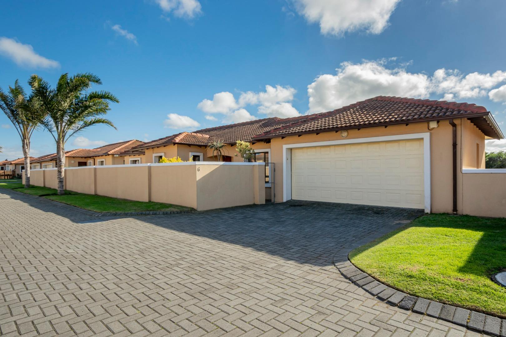 3 Bedroom Townhouse for Sale in Lorraine, Port Elizabeth - Eastern Cape