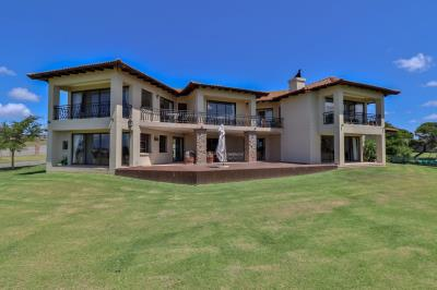 15 Bedroom House for Sale in Kabeljauws, Jeffreys Bay - Eastern Cape