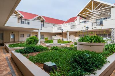 2 Bedroom Apartment for Sale in Walmer Heights, Port Elizabeth - Eastern Cape