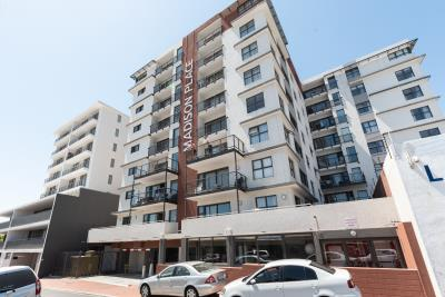 2 Bedroom Apartment for Sale in Observatory, Cape Town - Western Cape