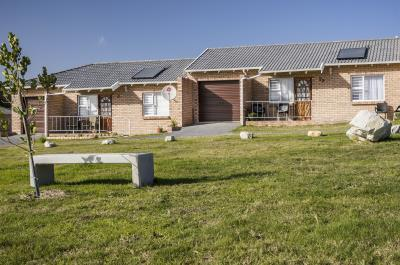1 Bedroom Retirement Village for Sale in Lorraine, Port Elizabeth - Eastern Cape